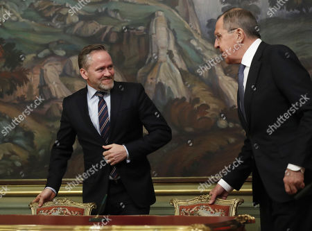 Russian Foreign Minister Sergei Lavrov (R) and Danish Foreign Minister and Chairman of the Committee of Ministers of the Council of Europe Minister Anders Samuelson (L) arrive for a signing ceremony after their talks in Moscow, Russia, 06 February 2018. The ministers discussed bilateral and Russia-EU topics and Russia's participation in the Ukrainian crisis.