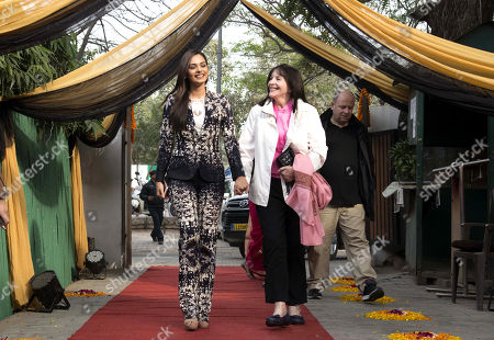 Miss world 2017 Manushi Chhillar and Julia Morley, chairman and owner of the Miss World Organisation