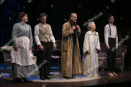 Jessica Regan (Cathleen), Rory Keenan (James Tyrone Jr), Jeremy Irons (James Tyrone), Lesley Manville (Mary Tyrone) and Matthew Beard (Edmund Tyrone) during the curtain call