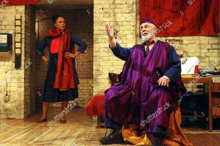 Stock Picture of Angela Griffin as Nourmahal and Barrie Rutter as The Emperor