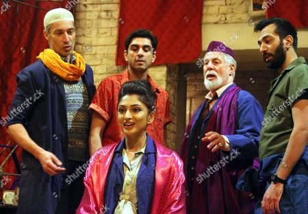Neerja Naik as Indamora with the four men who fall in love with her