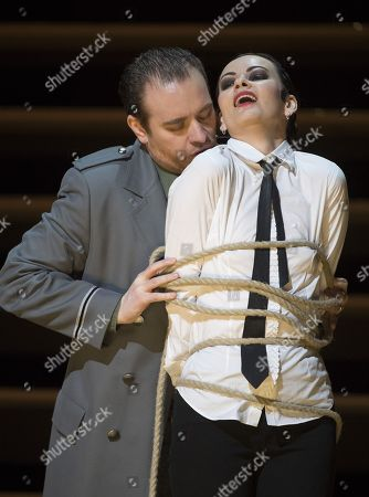 Anna Goryachova as Carmen, Francesco Meli as Don Jose