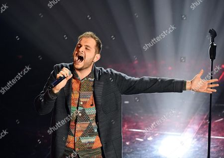 Italian singer Renzo Rubino performs on stage during the 68th Sanremo Italian Song Festival at the Ariston theatre in Sanremo, Italy, 07 February 2018. The 68th edition of the television song contest runs from 06 to 10 February.