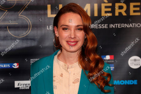 """Laetitia Dosch poses during a photocall prior to the 23rd Lumieres awards ceremony at the """"Institut du Monde Arabe"""" in Paris, . The Academie des Lumieres, is a group of 200 foreign journalists who reunite each year in Paris to vote for the best French films"""