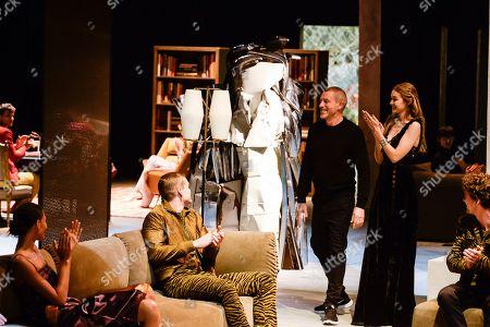 Tomas Maier, Gigi Hadid and models on the catwalk