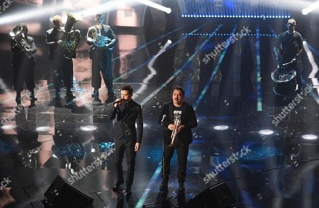 Italian singers Diodato and Roy Paci perform on stage during the 68th Sanremo Italian Song Festival at the Ariston theatre in Sanremo, Italy, 10 February 2018. The 68th edition of the television song contest runs from 06 to 10 February.