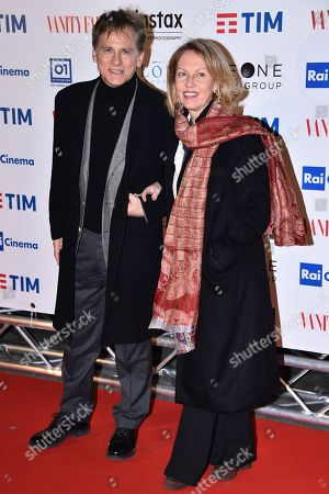 Stock Picture of Giulio Scarpati and wife
