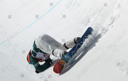 Emily Arthur of Australia falls during competition in the Women's Snowboard Halfpipe final at the Bokwang Phoenix Park during the PyeongChang 2018 Olympic Games, South Korea, 13 February 2018.