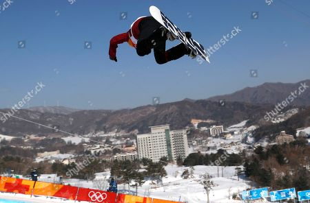 Liu Jiayu of China in action during the Women's Snowboard Halfpipe final competition at the Bokwang Phoenix Park during the PyeongChang 2018 Olympic Games, South Korea, 13 February 2018.