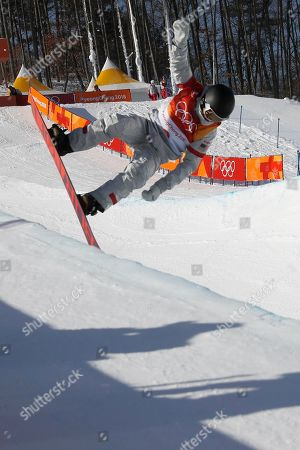 Kelly Clark of the USA in action during the Women's Snowboard Halfpipe final competition at the Bokwang Phoenix Park during the PyeongChang 2018 Olympic Games, South Korea, 13 February 2018.