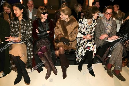 Anna Wintour, Hamish Bowles. Editor-in-chief of Vogue Magazine Anna Wintour, 2nd from left, and Hamish Bowles, right, attend the Oscar de la Renta 2018 Fall/Winter Runway Show during New York Fashion Week at the Cunard Building on in New York