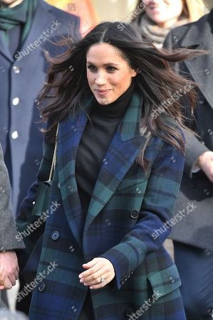 Meghan Markle greets people outside Edinburgh Castle
