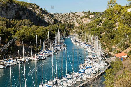 Sailing boats in the port, Calanque de Port Miou, Parc National des Calanques, Cassis, Bouches-du-Rhone, Provence-Alpes-Cote d' Azur, South of France, France