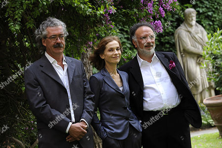 Producer Massimo Cristaldi, Isabelle Huppert and Director Alessandro Capone