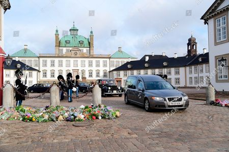 The casket containing the body of Prince Consort Henrik is moved from Fredenborg Palace to Amalienborg Palace, at Fredensborg Palace, in Fredensborg , Denmark, 15 February 2018. Prince Henrik of Denmark has died at the age of 83. In 2017 He was diagnosed with dementia and was recently hospitalized after falling ill in Egypt. He returned to Denmark for a stay in the Rigshospitale in Copenhagen, and during a series of examinations a benign tumor was discovered on his left lung. His condition worsened and, according to media reports, he passed away in his sleep at Fredensborg Palace on the evening of 13 February 2018. Prince Henrik is survived by his wife, two sons and eight grandchildren.