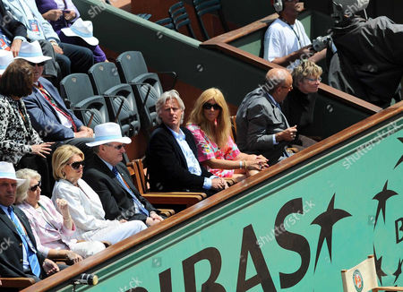 Bjorn Borg and his wife Patricia Ostfeldt watch the Soderling Gonzalez match