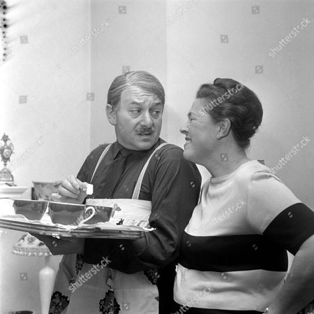 'The Larkins'   TV David Kossoff and Peggy Mount