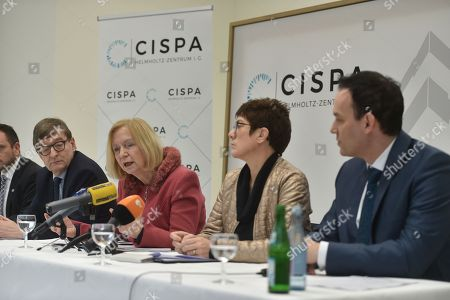 Prof. Dr. Otmar Wiestler, Prof. Dr. Johanna Wanka, Annegret Kramp-Karrenbauer, Prof. Dr. Michael Backes