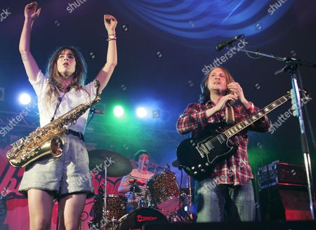 The Zutons - Abi Harding with Dave McCabe