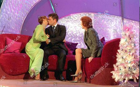 'Blind Date' TV - 2002 - Cilla Black and Tara Palmer Tompkinson
