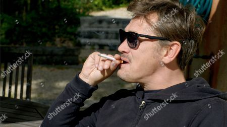 """Sid Owen claims he had his first cigarette aged five and """"properly"""" started smoking while at Secondary school"""