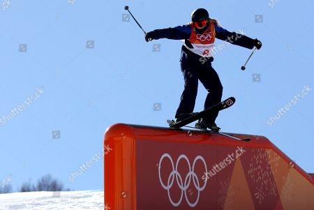 Katie Summerhayes of Great Britain in action during the Women's Freestyle Skiing Ski Slopestyle competition at the Bokwang Phoenix Park during the PyeongChang 2018 Olympic Games, South Korea, 17 February 2018.