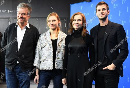 Gaspard Ulliel, Isabelle Huppert, Julia Roy and Benoit Jacquot