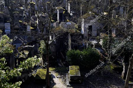The Pere Lachaise cemetery in Paris, France, 18 February 2018. The Cemetery of 45 hectares and around 70000 plots is the most famous necropolis in France and the most visited by tourists with more than three millions visitors per year. Honore de Balzac, Oscar Wilde, Maria Callas, Frederic Chopin, Marcel Proust, Jim Morrison and many other famous artists were burried in this cemetery.