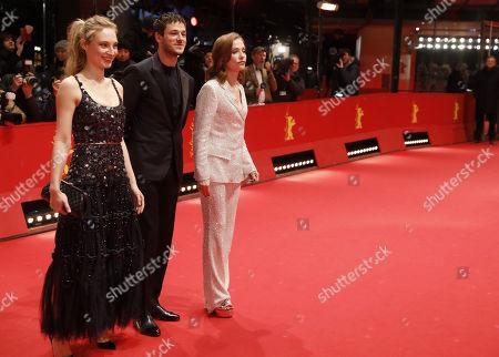 Julia Roy, actor Gaspard Ulliel, Isabelle Huppert