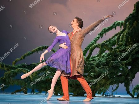Sarah Lamb as Perdita, Vadim Muntagirov as Florizel