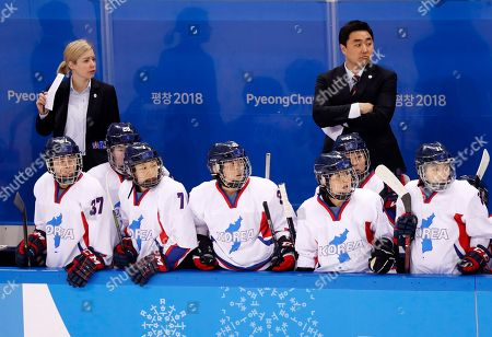 Korea team coach Sarah Murray (L) during the women's Ice Hockey Classifications match between Sweden and Korea at the Kwandong Hockey Centre during the PyeongChang Winter Olympic Games 2018, in Gangneung, South Korea, 20 February 2018.