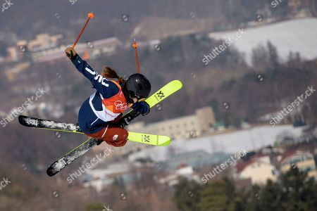 Maddie Bowman of the USA in action during the Women's Freestyle Skiing Ski Halfpipe competition at the Bokwang Phoenix Park during the PyeongChang 2018 Olympic Games, South Korea, 20 February 2018.