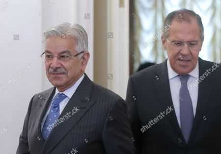 Russian Foreign Minister Sergei Lavrov (R) and Pakistan Foreign Minister Khawaja Muhammad Asif (L) arrive for their talks in Moscow, Russia, 20 February 2018. During his stay in Moscow, the foreign ministers will be holding official talks on bilateral relations as well as regional and international issues.