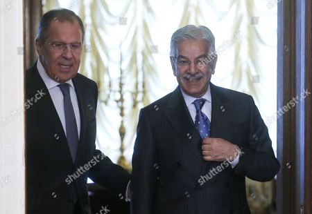 Russian Foreign Minister Sergei Lavrov (L) and Pakistani Foreign Minister Khawaja Muhammad Asif (R) arrive for their talks in Moscow, Russia, 20 February 2018. The foreign ministers will be holding official talks on bilateral relations as well as regional and international issues.