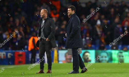 Former Chelsea players Eidur Gudjohnson and Michael Ballack on the pitch at half time