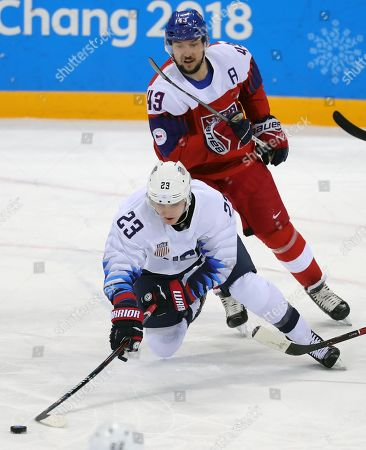 Troy Terry (F) of USA in action against Jan Kovar (B) of Czech Republic during  the Mens play-offs Quarterfinals match inside the Gangneung Hockey Centre at the PyeongChang Winter Olympic Games 2018, in Gangneung, South Korea, 21 February 2018. The PyeongChang 2018 Winter Olympic Games, will run from 09 to 25 February 2018.