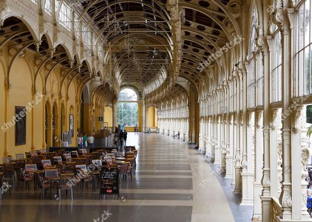 Foyer, cast-iron construction, new colonnade, Nova kolonada, main colonnade, Marianske Lazne, Bohemia, Czech Republic