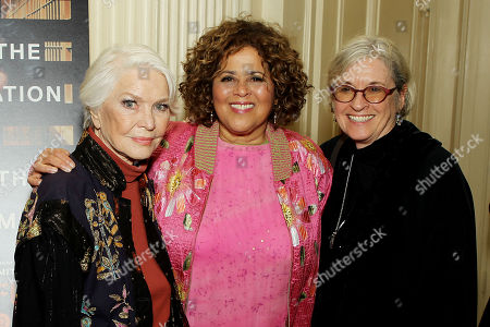 Stock Photo of Ellen Burstyn, Anna Deavere Smith (Exec Producer, Writer), Kristi Zea (Director)
