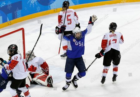 Hilary Knight (C) of the US celebrates after scoring the opening goal during the Women's Ice Hockey Gold Medal match between Canada and USA inside the Gangneung Hockey Centre at the PyeongChang Winter Olympic Games 2018, in Gangneung, South Korea, 22 February 2018.