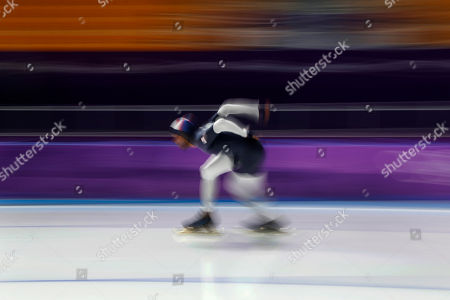Shani Davis of the U.S. practices for the men's 1,000 meters speedskating race at the Gangneung Oval at the 2018 Winter Olympics in Gangneung, South Korea