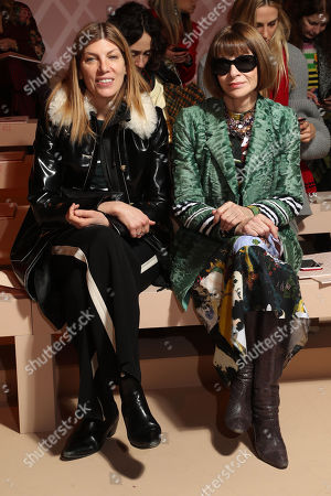 Stock Photo of Anna Wintour and Virginia Smith