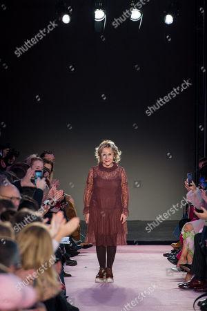 Anna Molinari on the catwalk