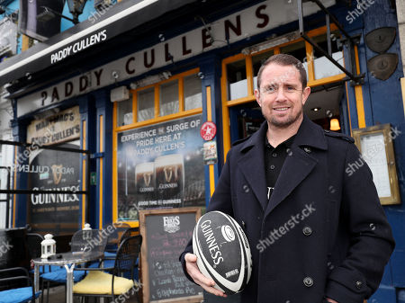 As revealed by Shane Williams on Monday and to celebrate the camaraderie between rugby fans, today Guinness has renamed well-known Dublin pub Paddy Cullen?s to the ?Shane Williams? ahead of Ireland?s NatWest Six Nations clash with Wales. The bespoke destination has been created for a pre-match pint for both Irish and Welsh fans alike, welcoming all fans, whatever their jersey!. In a collaboration with Guinness, the renowned Welsh Male Choir, Bechgyn bro Tafon, will also be performing along the Ballsbridge strip to build the match day atmosphere and anticipation ahead of kick-off at 14:15. #GuinnessRugby #MadeofMore