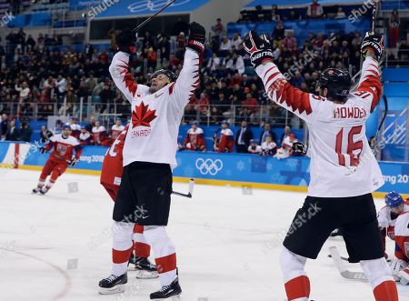 Wojtek Wolski (8), of Canada, celebrates after scoring a goal against he Czech Republic during the third period of the men's bronze medal hockey game at the 2018 Winter Olympics in Gangneung, South Korea