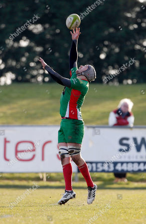 Dan Williams, Captain of Plymouth Albion jumps to catch the high ball during the National Division 1 match between Birmingham Moseley v Plymouth Albion at Billesley Common, Birmingham, Midlands on February 24th 2018, UK.
