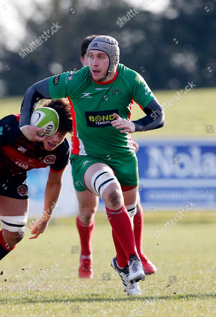 Dan Williams, Captain of Plymouth Albion on the break during the National Division 1 match between Birmingham Moseley v Plymouth Albion at Billesley Common, Birmingham, Midlands on February 24th 2018, UK.