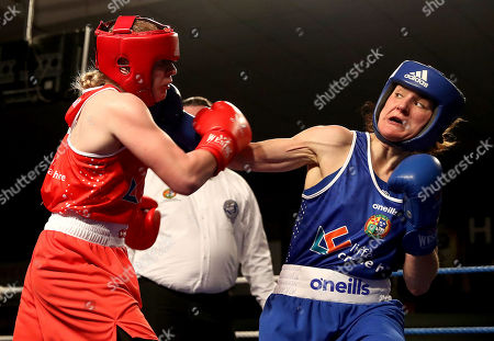 Womens 60kg Final. Amy Broadhurst and Kelly Harrington