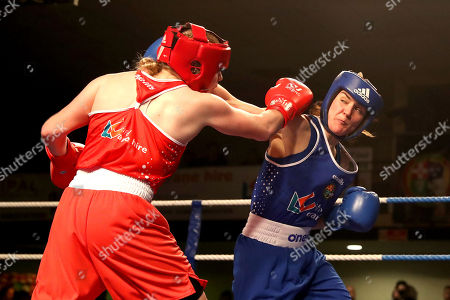 Womens 60kg Final. Amy Broadhurst and Kelly Harrington