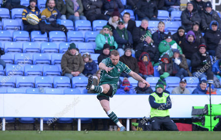 Stock Photo of Greig Tonks of London Irish kicks a penalty kick during the Aviva Premiership Rugby match between London Irish and Worcester Warriors at Madejski Stadium on February 25th 2018 in Reading, Berkshire, England. (Photo by Gareth Davies/PPAUK)