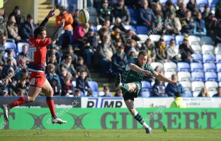 Stock Picture of Greig Tonks of London Irish adds the extra two pints with the conversion during the Aviva Premiership Rugby match between London Irish and Worcester Warriors at Madejski Stadium on February 25th 2018 in Reading, Berkshire, England. (Photo by Gareth Davies/PPAUK)